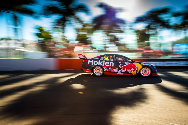 2017 Supercars Championship Round 7.  Townsville 400, Reid Park, Townsville, Queensland, Australia. Friday 7th July to Sunday 9th July 2017. Jamie Whincup drives the #88 Red Bull Holden Racing Team Holden Commodore VF. World Copyright: Daniel Kalisz/ LAT Images Ref: Digital Image 070717_VASCR7_DKIMG_2091.jpg