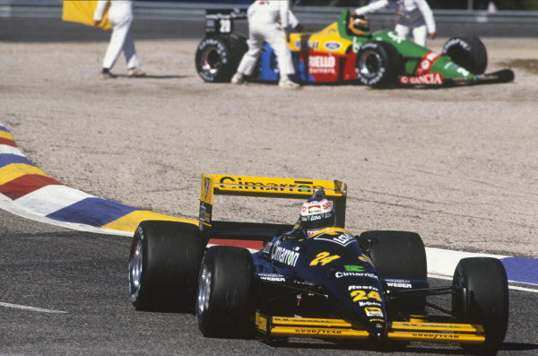 Paul Ricard, Le Castellet, France. 1st - 3rd July 1988. Luis Perez Sala (Minardi M188-Ford), retired, passes Thierry Boutsen (Benetton B188-Ford), retired, action.  World Copyright: LAT Photographic. Ref: 88FRA 76