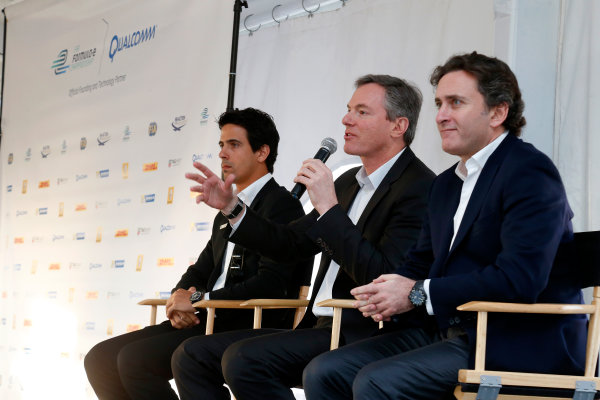 5-6 January, 2014, Las Vegas, Nevada USA Former F1 driver Lucas di Grassi, Dr. Paul E. Jacobs, Chairman and CEO of Qualcomm Incorporated, and Alejandro Agag, CEO Formula E Holdings, answer questions from the media at a press event to introduce the new Spark-Renault SRT_01E Formula E car ©2014, Lesley Ann Miller LAT Photo USA