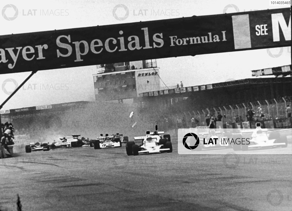 1973 British Grand Prix Silverstone, England Jody Scheckter causes the srach at the start of the British Grand Prix which lead to the injury of Andrea De Adamich. World Copyright: LAT Photographic. Ref:  BW73GB02.