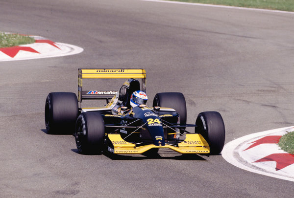 1992 San Marino Grand Prix.Imola, Italy. 15-17 May 1992.Gianni Morbidelli (Minardi M192 Lamborghini).Ref-92 SM 24.World Copyright - LAT Photographic