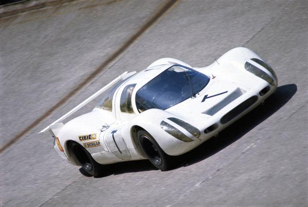 Jo Siffert, Porsche P908L 024 #T, during the practice session.