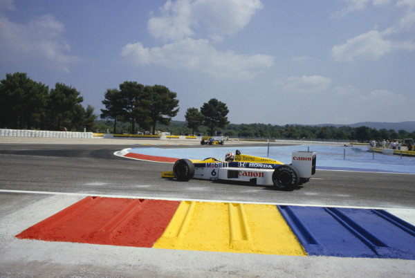 1986 French Grand Prix.Paul Ricard, Le Castellet, France.4-6 July 1986.Nelson Piquet (Williams FW11 Honda) 3rd position.Ref-86 FRA 22.A Race Through Time exhibition number 66.World Copyright - LAT Photographic