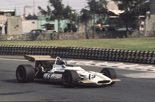 1970 Mexican Grand Prix.Mexico City, Mexico.23-25 October 1970.Pedro Rodriguez (BRM P153) 6th position.Ref-70 MEX 31.World Copyright - LAT Photographic