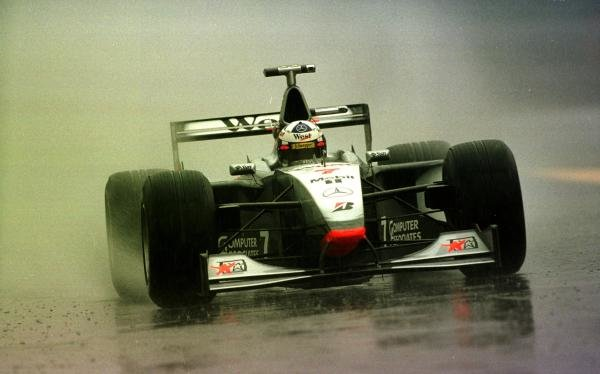 1998 Italian Grand Prix.Monza, Italy.11-13 September 1998.David Coulthard (McLaren MP4/13 Mercedes-Benz) during wet practice.World Copyright - Steve Etherington/LAT Photographic