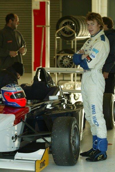 Dominik Jackson (GBR) tests a BMW Formula ADAC car5 December 2003General Testing, Silverstone, EnglandDIGITAL IMAGE
