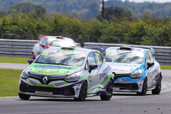 Rounds 11 & 12 - Snetterton