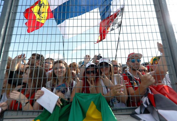Hungaroring, Budapest, Hungary.  Thursday 27 July 2017. Hungarian fans wait to collect drivers' autographs. World Copyright: Glenn Dunbar/LAT Images  ref: Digital Image _X4I9254