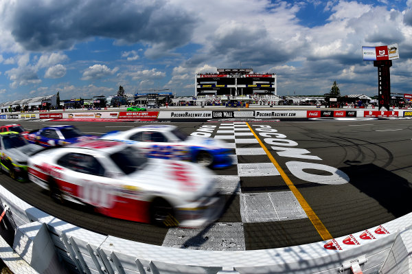 NASCAR XFINITY Series Pocono Green 250 Pocono Raceway, Long Pond, PA USA Saturday 10 June 2017 Cole Custer, Haas Automation Ford Mustang and Brad Keselowski, SKF Ford Mustang lead the field. World Copyright: Rusty Jarrett LAT Images ref: Digital Image 17POC1rj_3186