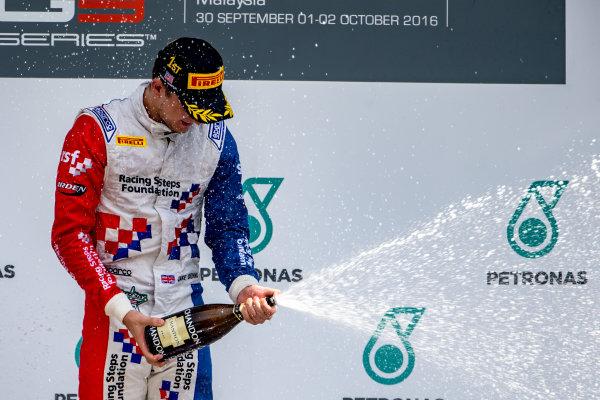 2016 GP3 Series Round 8.  Sepang International Circuit, Sepang, Kuala Lumpur, Malaysia. Sunday 2 October 2016. Jake Dennis (GBR, Arden International)  Photo: Zak Mauger/GP3 Series Media Service. ref: Digital Image _X0W9305
