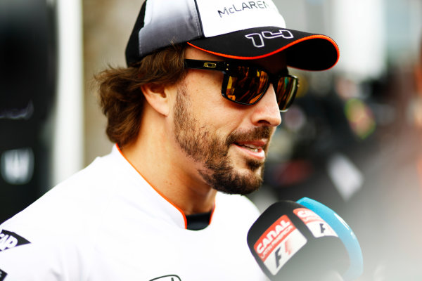Sepang International Circuit, Sepang, Malaysia. Thursday 29 September 2016. Fernando Alonso, McLaren. World Copyright: Steven Tee/LAT Photographic ref: Digital Image _O3I9428