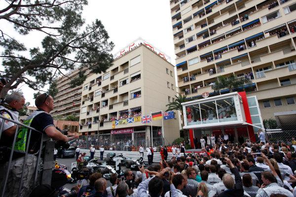 Monte Carlo, Monaco. Sunday 25 May 2014. Lewis Hamilton, Mercedes AMG, 2nd Position, Nico Rosberg, Mercedes AMG, 1st Position, and Daniel Ricciardo, Red Bull Racing, 3rd Position, on the podium. World Copyright: Andrew Ferraro/LAT Photographic. ref: Digital Image _MG_8307