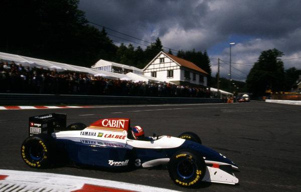Ukyo Katayama (JPN), Tyrrell Yamaha 021. Formula One World Championship, Rd12, Belgium Grand Prix, Spa-Francorchamps, 29 August 1993.