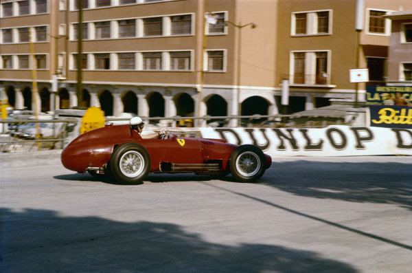 Monte Carlo, Monaco. 16-19 May 1957. Wolfgang von Trips (Lancia-Ferrari 801), shared with Mike Hawthorn. Ref: 57MON05. World Copyright - LAT Photographic