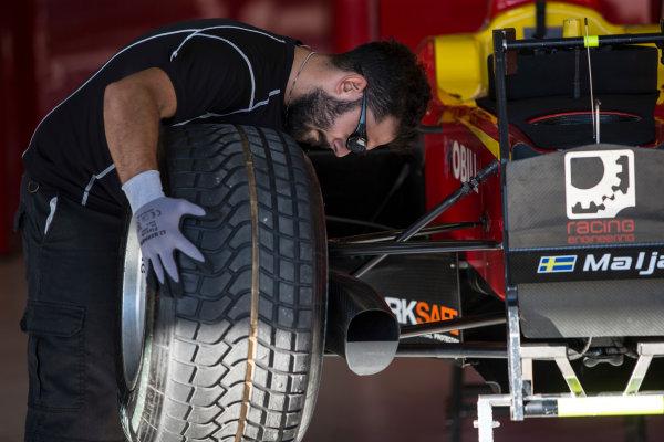 2017 FIA Formula 2 Round 10. Circuito de Jerez, Jerez, Spain. Thursday 5 October 2017. Gustav Malja (SWE, Racing Engineering).  Photo: Andrew Ferraro/FIA Formula 2. ref: Digital Image _FER8133
