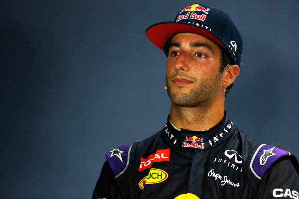 Marina Bay Circuit, Singapore. Saturday 19 September 2015. Daniel Ricciardo, Red Bull Racing, in the post Qualifying Press Conference. World Copyright: Alastair Staley/LAT Photographic ref: Digital Image _79P2323