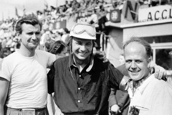 1952 Le Mans 24 hours. Le Mans, France. 14-15 June 1952. Portrait, helmet. World Copyright: LAT Photographic Ref: Autosport b&w print