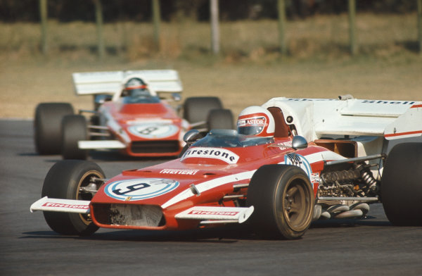 1972 Argentinian Grand Prix.  Buenos Aires, Argentina. 21st-23rd January 1972.  Clay Regazzoni, Ferrari 312B2, 4th position, leads Jacky Ickx, Ferrari 312B2, 3rd position.  Ref: 72ARG06. World Copyright: LAT Photographic