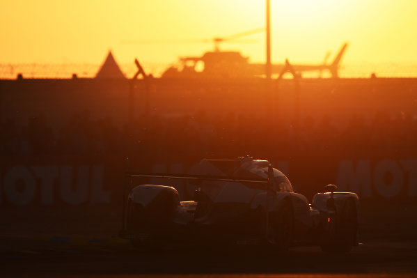 2017 Le Mans 24 Hours Circuit de la Sarthe, Le Mans, France. Saturday 17 June 2017 #7 Toyota Gazoo Racing Toyota TS050 Hybrid: Mike Conway, Kamui Kobayashi, Stéphane Sarrazin World Copyright: Rainier Ehrhardt/LAT Images ref: Digital Image 24LM-re-10875