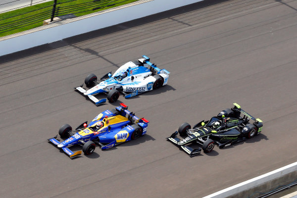 Verizon IndyCar Series Indianapolis 500 Race Indianapolis Motor Speedway, Indianapolis, IN USA Sunday 28 May 2017 Alexander Rossi, Andretti Herta Autosport with Curb-Agajanian Honda, Juan Pablo Montoya, Team Penske Chevrolet and Marco Andretti, Andretti Autosport with Yarrow Honda World Copyright: Russell LaBounty LAT Images