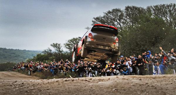 Thierry Neuville (BEL) / Nicolas Gilsoul (BEL) Hyundai i20 WRC.FIA World Rally Championship, Rd5, Rally Argentina, Day Three, Cordoba-Villa Carlos Paz, Argentina, 11 May 2014.