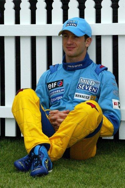 Jarno Trulli (ITA) Renault.Australian Grand Prix, Albert Park, Melbourne, 28 February 2002DIGITAL IMAGE