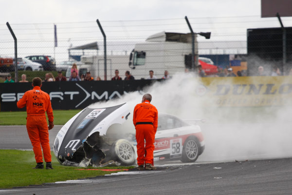 Ginetta Junior Championship, Silverstone, 17th-18th September 2016 Anthony Ayres (GBR) Mectech Motorsport Ginetta Junior and Daniel Harper (GBR) Douglas Motorsport Ginetta Junior crash World Copyright. Ebrey/LAT Photographic