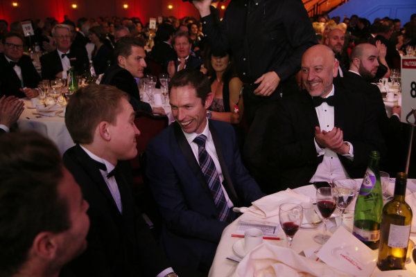 2016 Autosport Awards.  Grosvenor House Hotel, Park Lane, London. Sunday 4 December 2016.  Jonny Kane wins the use of a Mercedes Coupe for a year in a raffle. Guests on his table include Matthew Parry and Oliver Rowland. World Copyright: Jed Leicester/LAT Images. ref: Digital Image JL3_9248