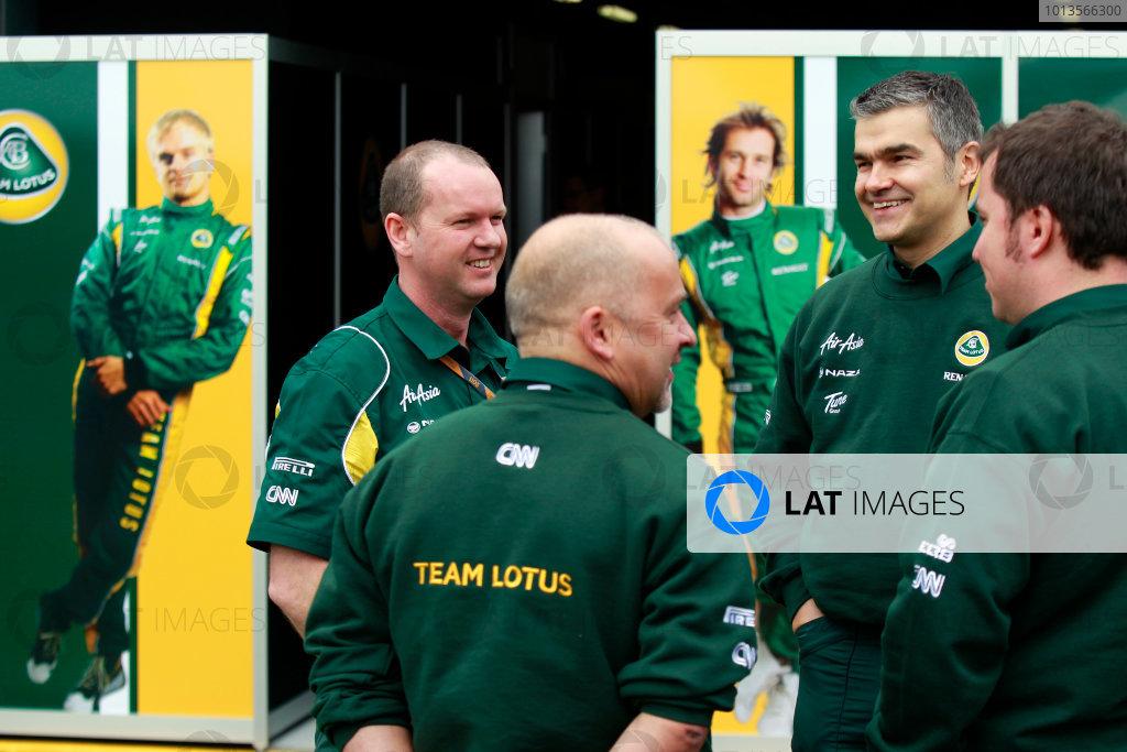 Albert Park, Melbourne, Australia25th March 2011.Team Lotus engineers.World Copyright: Charles Coates/LAT Photographicref: Digital Image _X5J7667