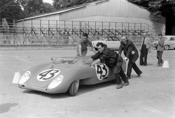 Jean-Marie Dumazer / Robert Dutoit's Just-Emile Vernet, V.P. - Renault.