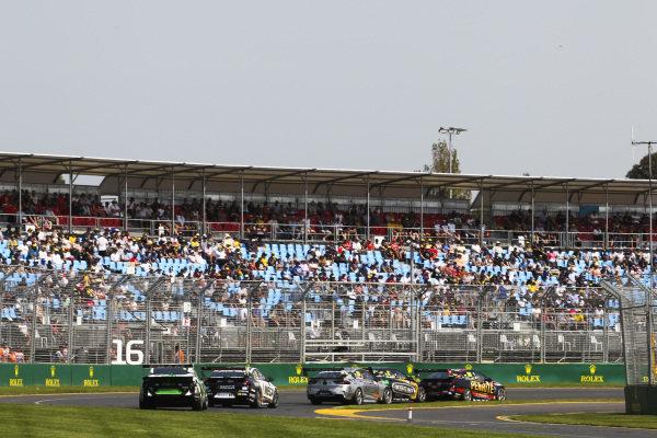 Anton de Pasquale, Erebus Motorsport, Holden, leads Nick Percat, Brad Jones Racing, Holden, and Todd Hazelwood, Matt Stone Racing, Holden