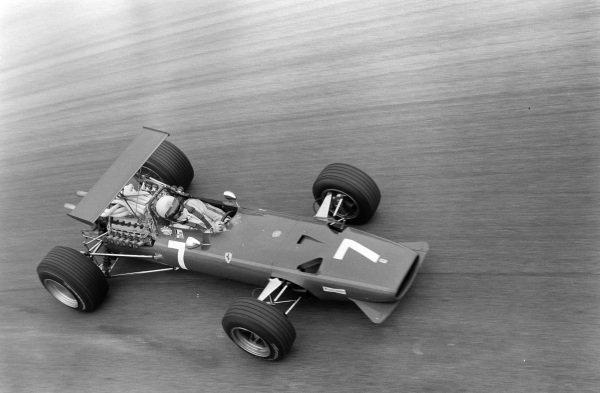Derek Bell, Ferrari 312, gets sideways.