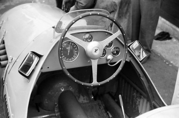 The cockpit of a Ferrari 500.