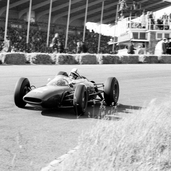 1963 Dutch Grand Prix.Zandvoort, Holland.21-23 May 1963.John Surtees (Ferrari 156) 3rd position.Ref-19573.World Copyright - LAT Photographic