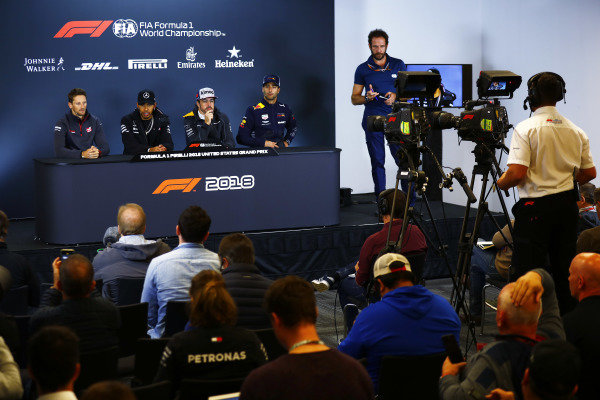 Romain Grosjean, Haas F1 Team, Lewis Hamilton, Mercedes AMG F1, Fernando Alonso, McLaren, and Daniel Ricciardo, Red Bull Racing, in the press conference.