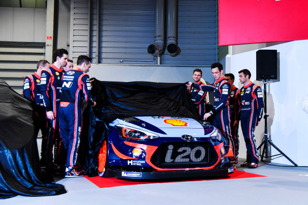 Autosport International Exhibition. National Exhibition Centre, Birmingham, UK. Thursday 11th January 2017. The Hyundai team, including Thierry Neuville, Andreas Mikkelsen, Dani Sordo, Hayden Paddon and team manager Michel Nandan, unveil their 2018 WRC challenger.World Copyright: Mark Sutton/Sutton Images/LAT Images Ref: DSC_7283