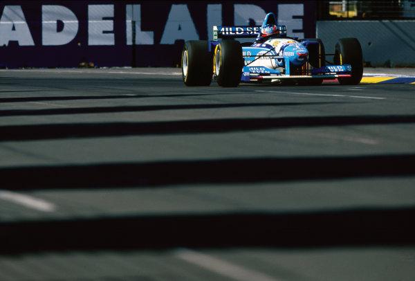 Adelaide, Australia. 10-12 November 1995. Michael Schumacher (Benetton B195 Renault), retired, action.  World Copyright: LAT Photographic. Ref:  95 AUS 18.