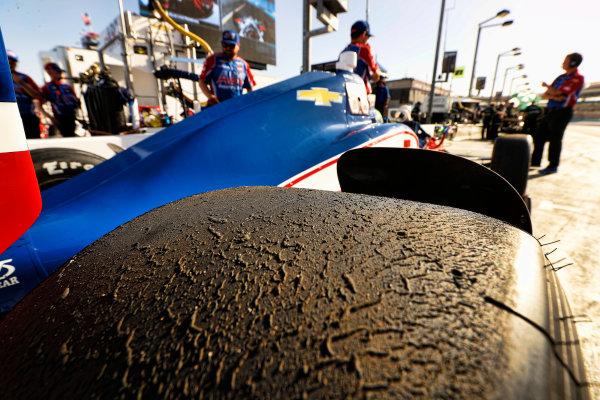 Verizon IndyCar Series Desert Diamond West Valley Phoenix Grand Prix Phoenix Raceway, Avondale, AZ USA Friday 28 April 2017 Conor Daly, A.J. Foyt Enterprises Chevrolet, tire World Copyright: Michael L. Levitt LAT Images