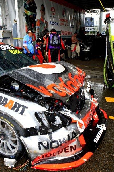 Craig Lowndes (AUS) Team Vodafone 888 Commodore, crashed out of race 25.Australian V8 Supercars, Rd14, Sydney Telstra 500, Homebush Olympic Park, Sydney, Australia, 3-5 December 2010.