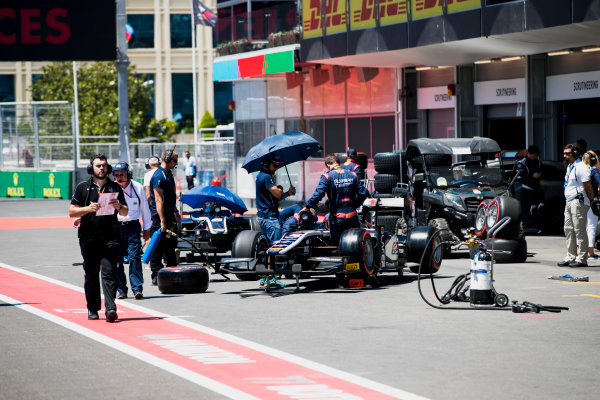 2017 FIA Formula 2 Round 4. Baku City Circuit, Baku, Azerbaijan. Saturday 24 June 2017. Luca Ghiotto (ITA, RUSSIAN TIME)  Photo: Zak Mauger/FIA Formula 2. ref: Digital Image _56I7191