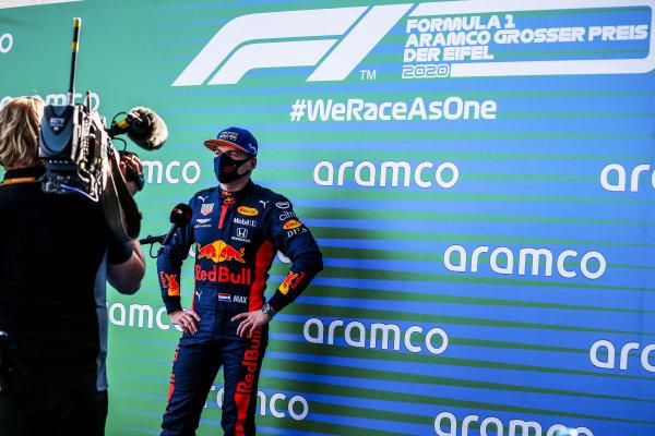 Max Verstappen, Red Bull Racing talks to the mediain Parc Ferme