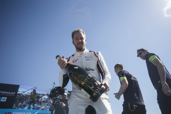 Winner Sam Bird (GBR), Envision Virgin Racing celebrates on the podium