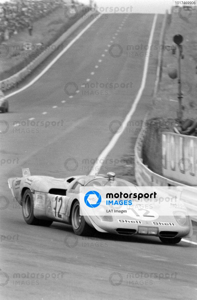 Baron Hughes de Fierlandt / Alistair Walker, Ecurie Francorchamps, Ferrari 512 S.