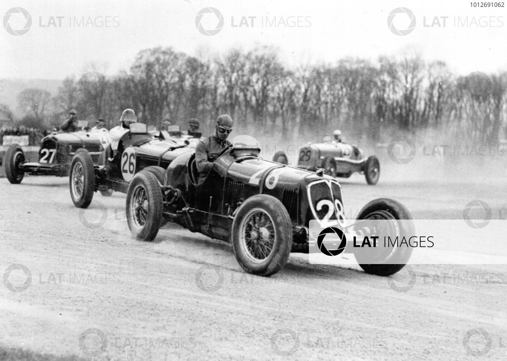 Donington Park, Great Britain.Dick Seaman.Published-Autocar 10/4/1936 p693.World Copyright - LAT Photographic
