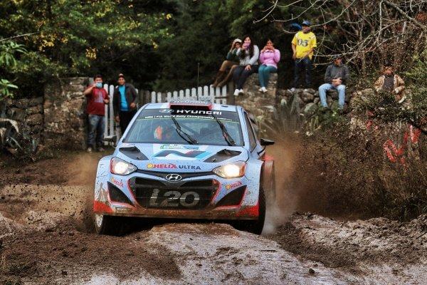 Dani Sordo (ESP) / Marc Marti (ESP) Hyundai i20 WRC. FIA World Rally Championship, Rd5, Rally Argentina, Day One, Cordoba-Villa Carlos Paz, Argentina, 9 May 2014.