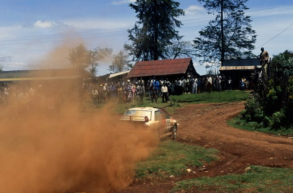 1996 World Rally Championship.Safari Rally, Kenya. 5-7 April 1996.Tommi Makinen/Seppo Harjanne (Mitsubishi Lancer Evo3), 1st position.World Copyright: LAT PhotographicRef: 35mm transparency 96RALLY02