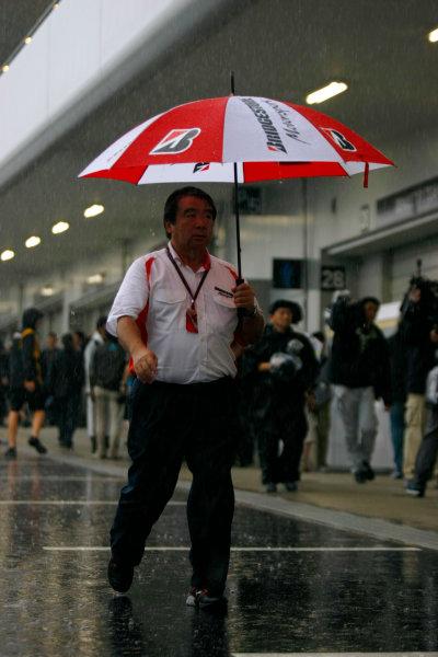 Suzuka Circuit, Suzuka, Japan.9th October 2010.Hiroshi Yasukawa, Director, Bridgestone Motorsport. Portrait. World Copyright:Charles Coates/LAT Photographicref: Digital Image _26Y8414