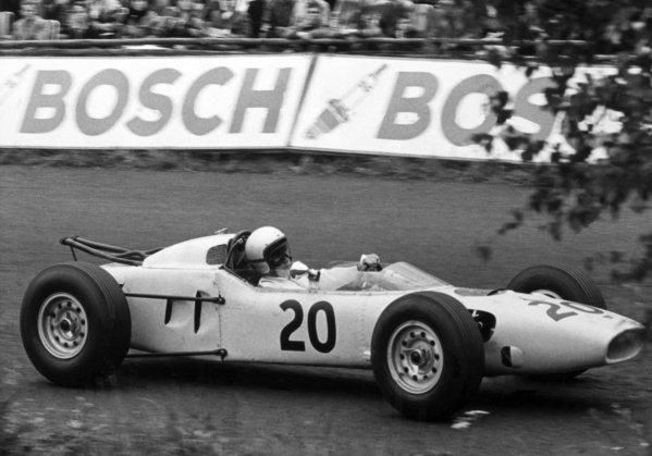 1965 German Grand Prix.Nurburgring, Germany. 1 August 1965.Dickie Attwood, Lotus 25, retired, action.World Copyright: LAT PhotographicRef: B/W Print
