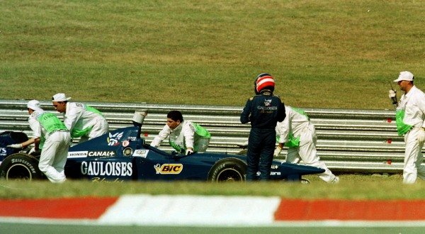 1997 Argentinian Grand Prix.Buenos Aires, Argentina.11-13 April 1997.Olivier Panis (Prost JS45 Mugen Honda) retires with hydraulics failure.World Copyright - LAT Photographic