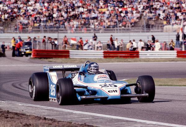1979 Dutch Grand Prix.Zandvoort, Holland.24-26 August 1979.Jacky Ickx (Ligier JS11 Ford) 5th position.Ref-79 HOL 21.World Copyright - LAT Photographic